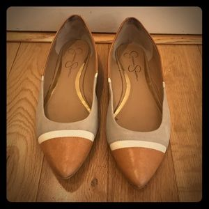 Jessica Simpson Pointed Toe Flat, Size 7